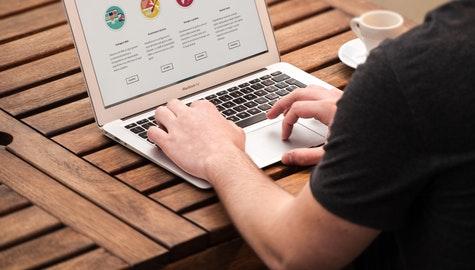 Risici og fordele ved online dating